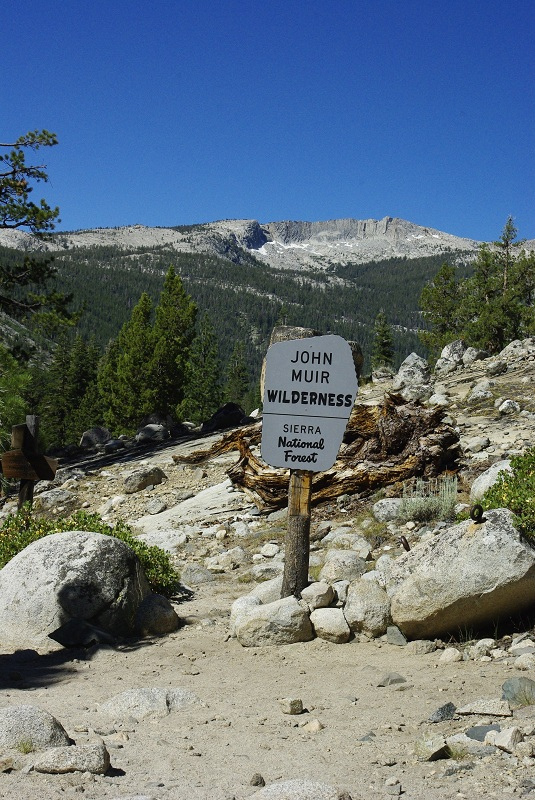 Park Boundary Piute Crk